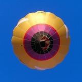 A professional pilot guides you through the Danube Bend - Hot Air Balloon