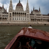 Mini-bar, mahagony interior, built in sound system- this cruise cannot be missed on your stag party - Danube Luxury Limousine Boat